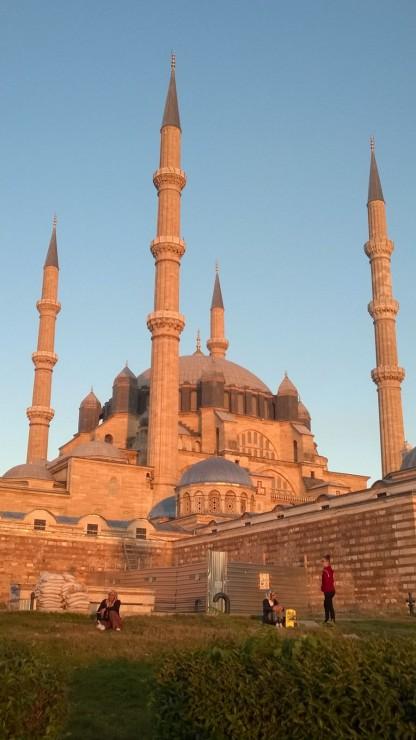 Selimiye Moschee in der Nachmittagssonne von außen ..