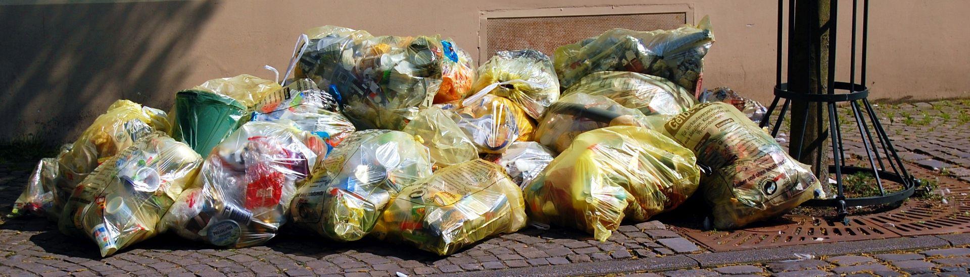 Müllsammlung Gelbe Säcke